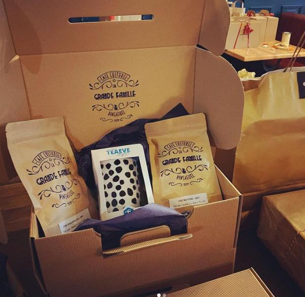 *PRINT | Tampons/Emballage – La Grande Famille